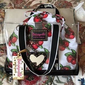 Betsyville Tote with Liner